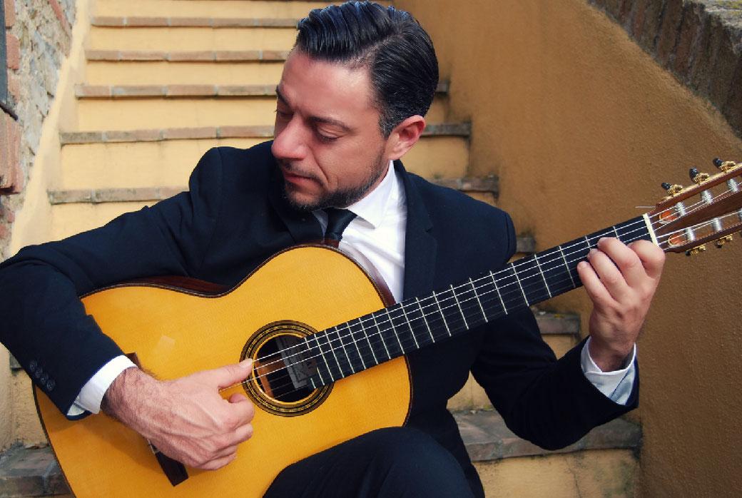 Classical Guitarist Diego Campagna